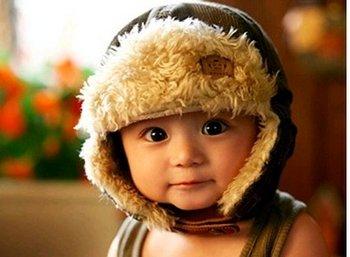儿童斜视、弱视是什么原因,先天性白内障要警惕!