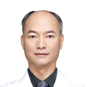 昆明华山眼科医院和志清医生