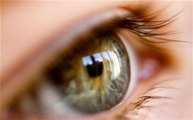 视网膜脱落的这些前兆,你注意到了吗?